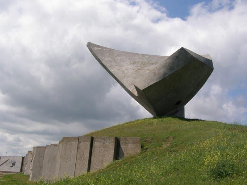 Город герой Керчь Парус Памятник Эльтигенскому десанту
