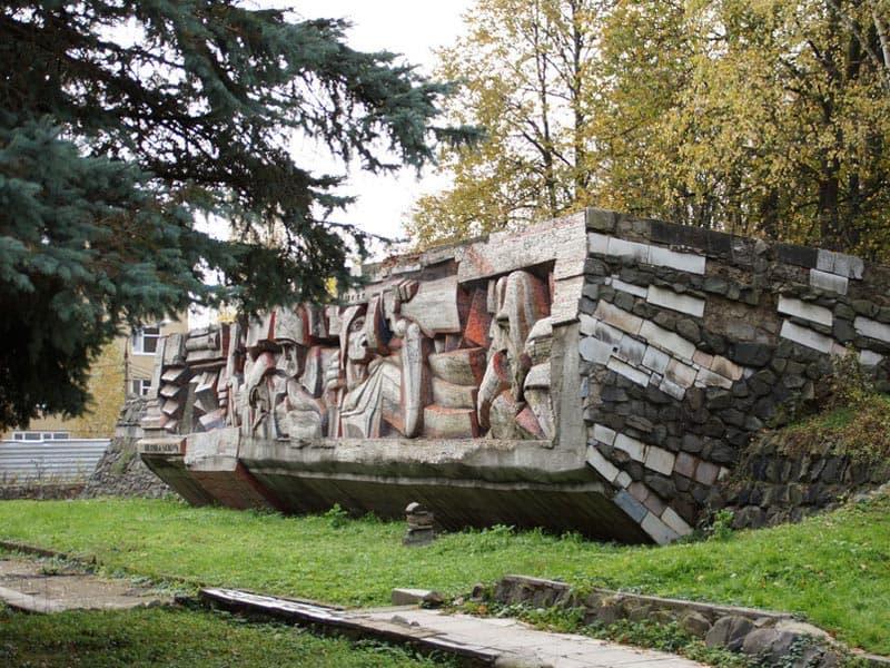 Город воинской славы - Наро-Фоминск. Мемориал павшим в боях за Родину в 1941 году.