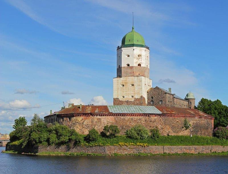 Город воинской славы Выборг Выборгский замок (крепость). Символ города.